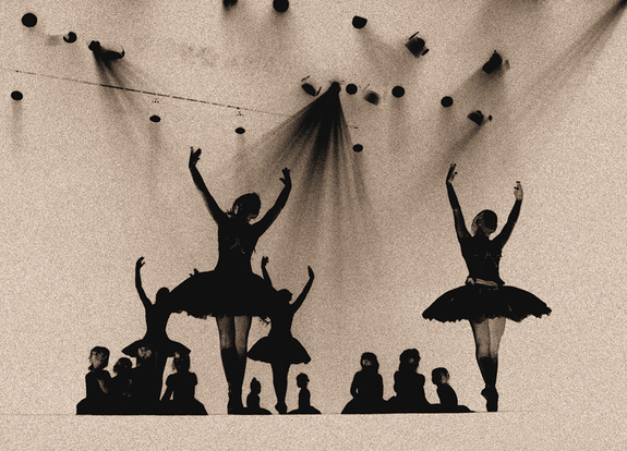 Tor Arne Riksheim - Silouette Ballet