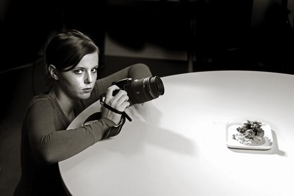 Per Balch-Barth - Fotoelev Susanne Harstad fotograferer mat.