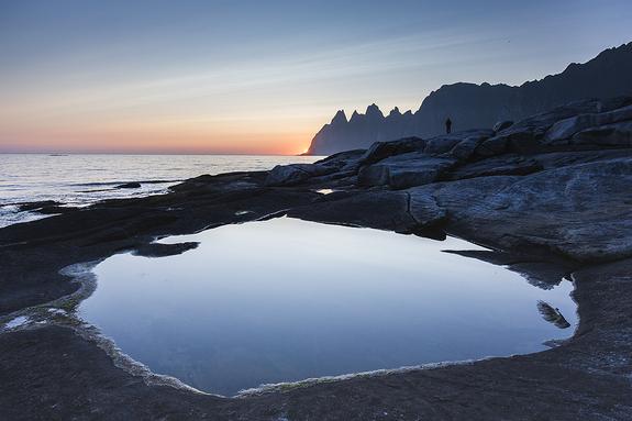 Arnfinn Johnsen - Tungeneset om natta