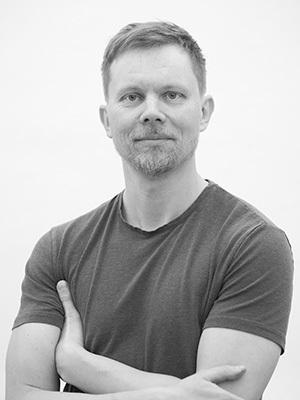 - Mote-, fashion- og kunstfotograf Svein Bringsdal kommer