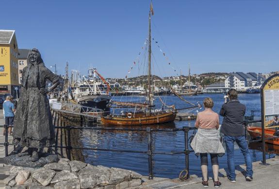 Jan Robert Williamsen - Piren og Vågekaia i Kristiansund