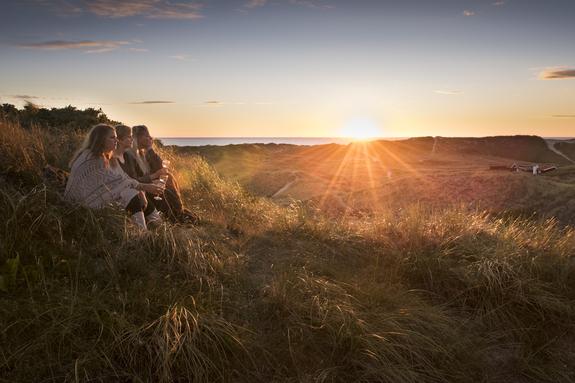 Grandefoto - Pikene i solnedgang