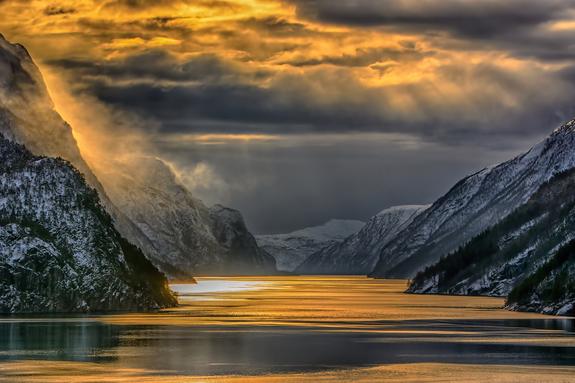 Foto: Knut Saglien - Fjordvær