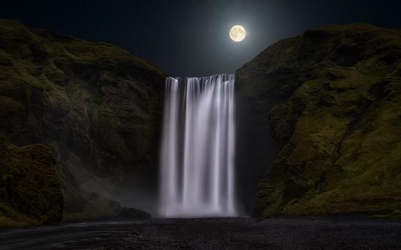 Foto: Geir Ivar Horgmo - Skogafoss Night