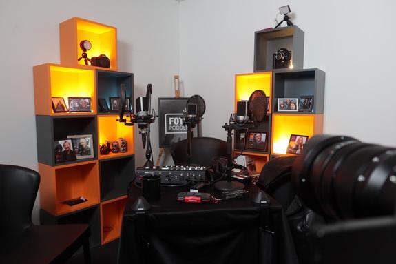 Fotopodden - Podcastsendingene tas opp i studioet på Skøyen