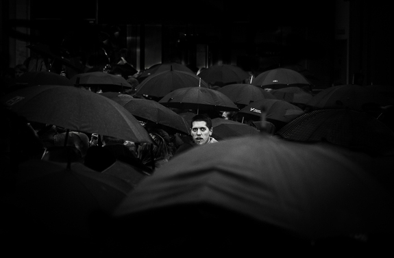Foto: Morten Tellefsen - Black umbrellas