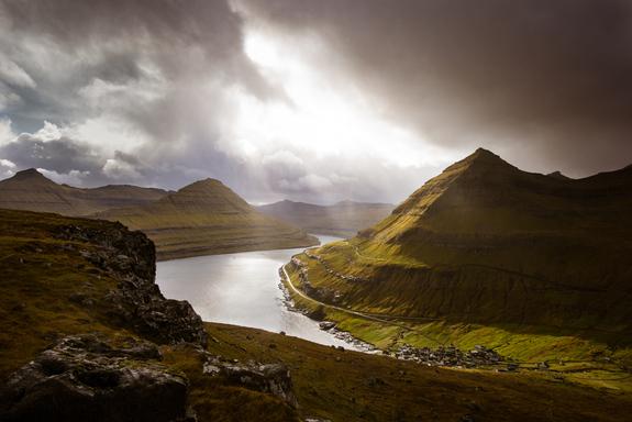 - Vilt landskap på Færøyene